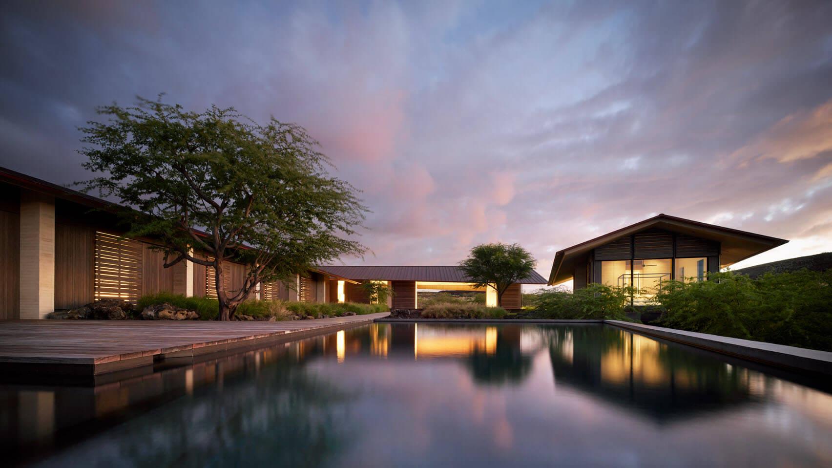 Hale Mau'u by Walker Warner Architects sits low in the Hawaiian landscape